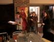 Sophie, Morgane en Lydie met de taart
